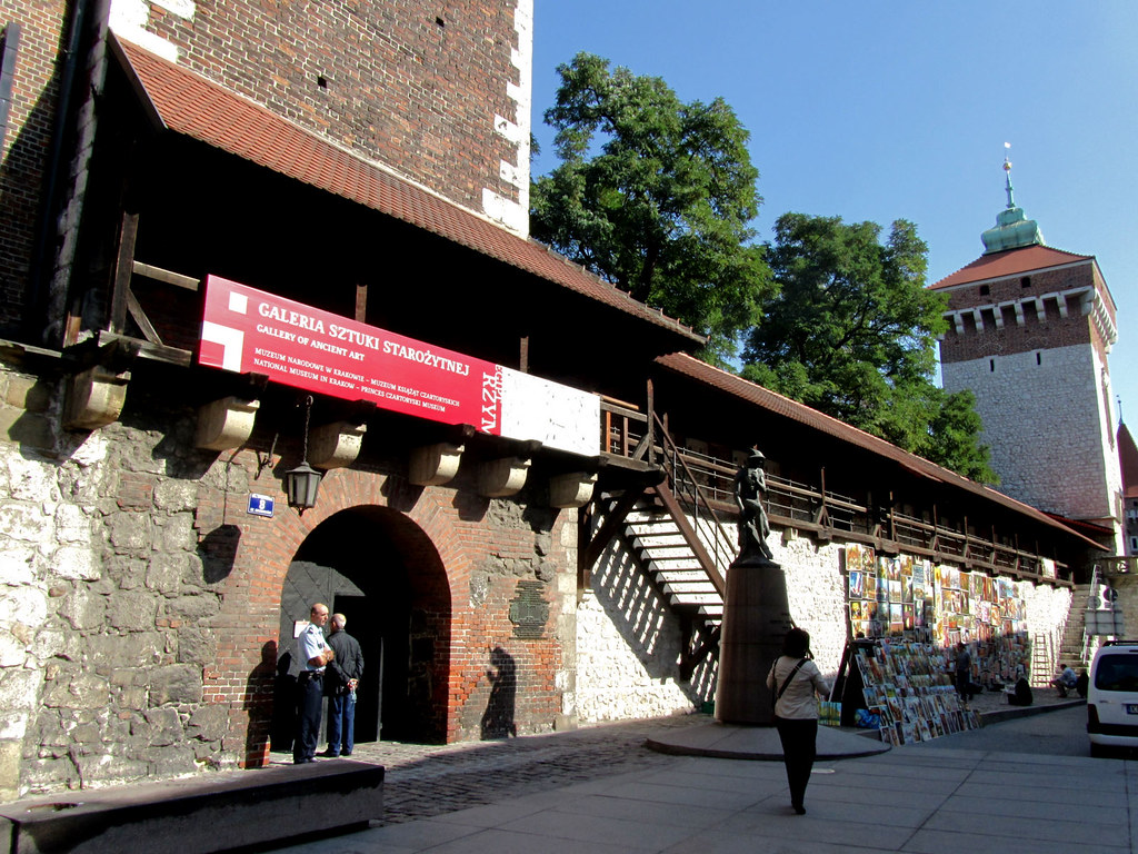 Kraków city walls | A section of the medieval walls of ...