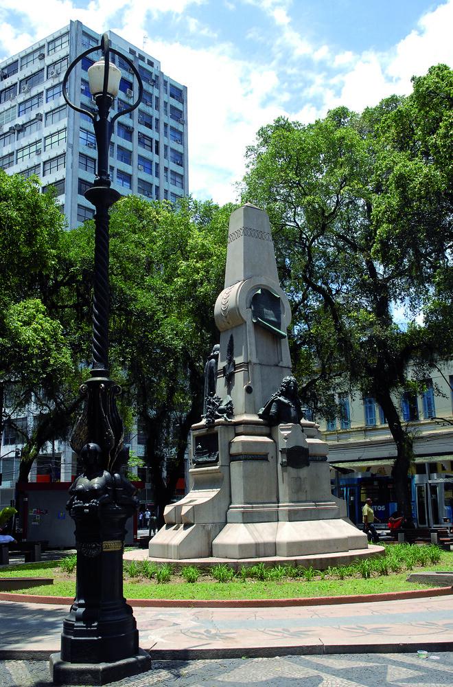 Monumento a Bartolomeu de Gusmão