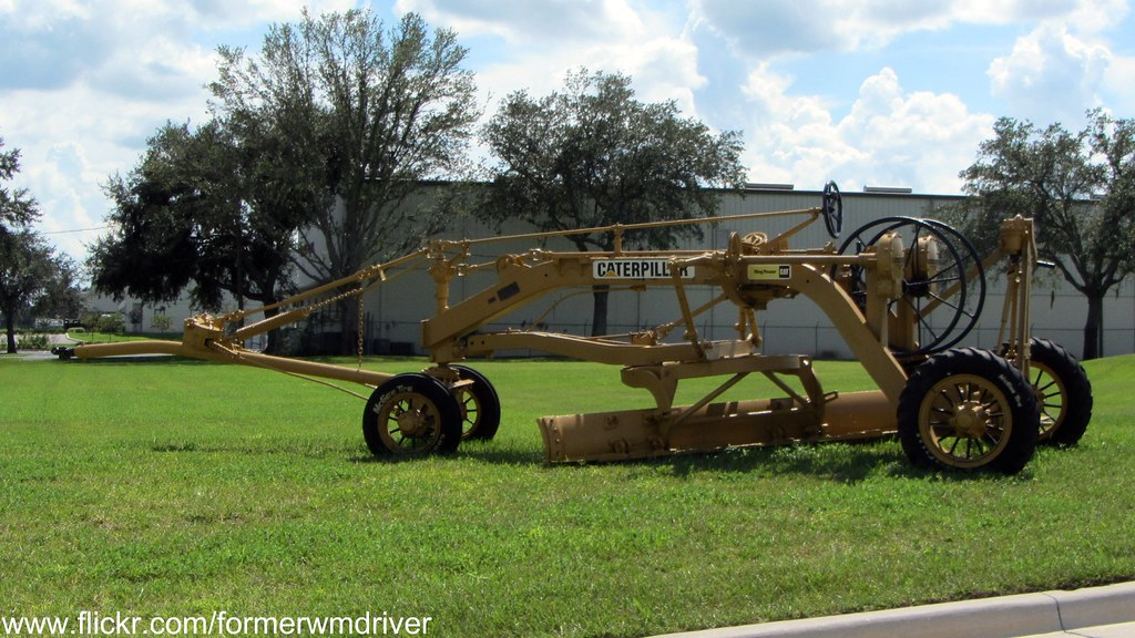 Caterpillar Pull Grader - Seen at Ring Power CAT in Lakela