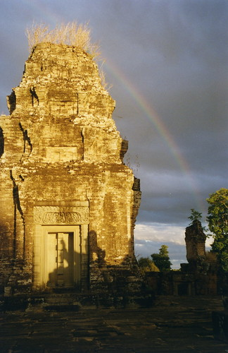 Angkor, Eastern Mebon   by Arian Zwegers