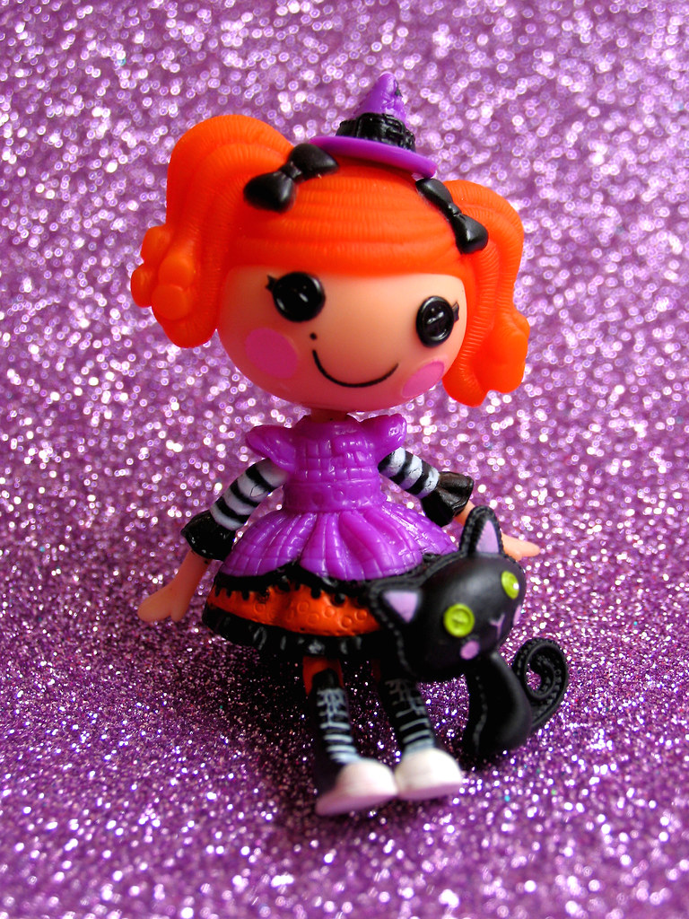 Mini Lalaloopsy Candy Broomsticks 2011 Halloween Target Exclusive