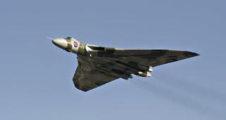 Vulcan XH558 Overfly Wellesbourne 2