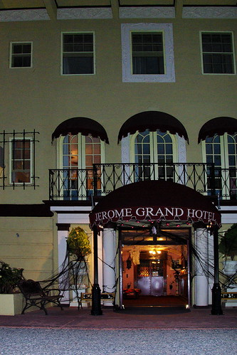 county arizona building halloween architecture project hotel town hunting entrance grand places az historic haunted mining spirits national memory jerome historical ghosts register paranormal backroad entry hunt decorated yavapai nationalregisterofhistoricplaces yavapaicounty jeromegrandhotel alhikesaz arizonamemoryproject ghostadventures