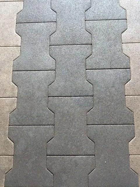Rubber bricks Pat