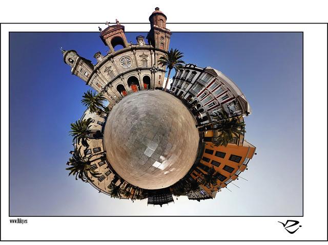 :: Plaza de Santa Ana ::
