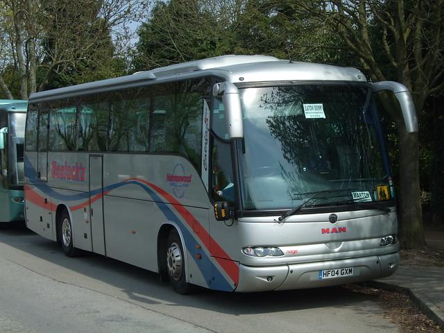 HF04 GXM. Holmeswood Coaches (LA)