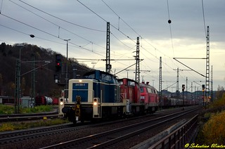 295 088-9 mit 295 074-9 u. 225 004-1 im Schlepp durch Eisenach am 09.11.2015 | by Photography Sebastian Winter