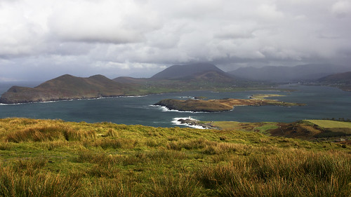 ocean ireland sea sky panorama cloud lighthouse mountains clouds canon landscape waves cloudy hill mountainside eis atlanticocean dinglepeninsula valentiaisland cokerry 550d kendowdall