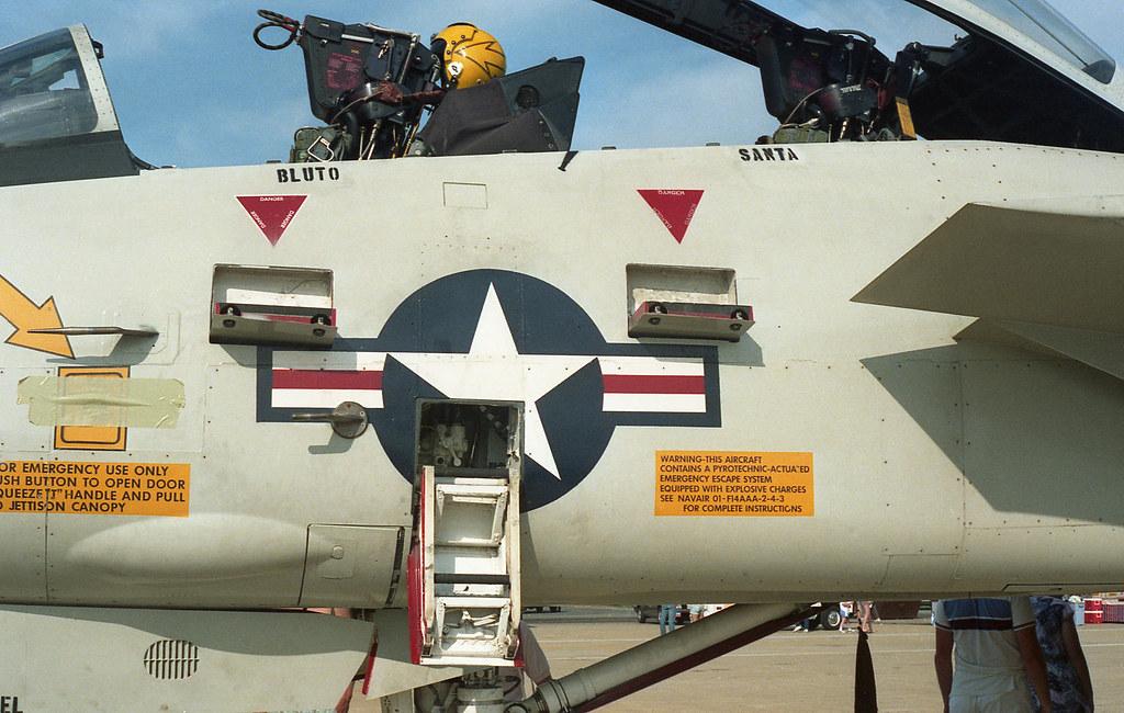 Mi6: Grumman F-14A Tomcat
