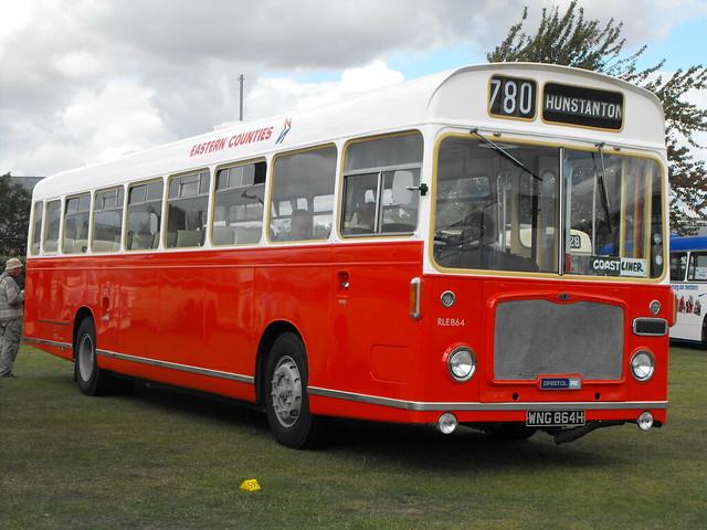 RLE 864 (2), WNG 864H, Bristol RE, ECW Body, 1970 (t.2011)