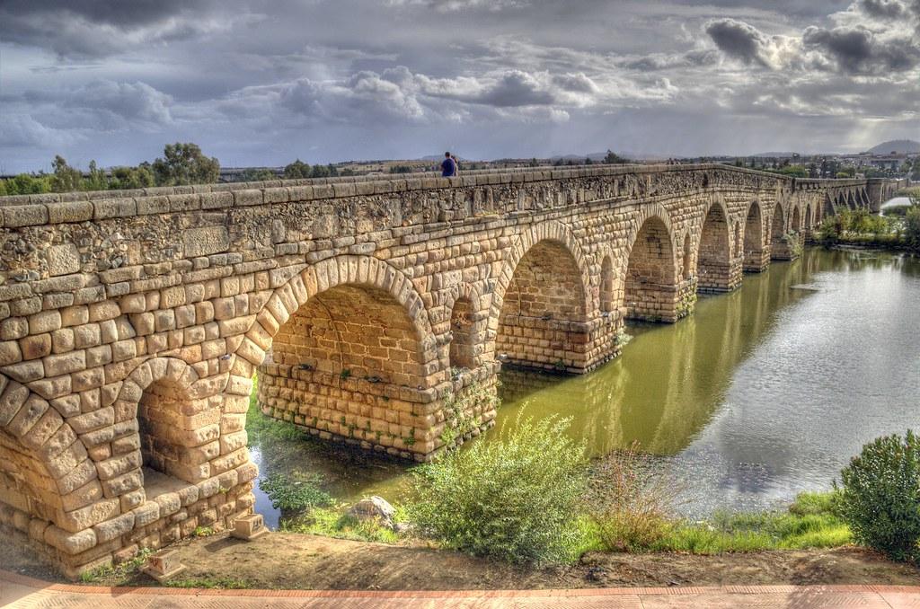 Resultado de imagen de puente romano de merida