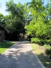 Faculty Club Pathway