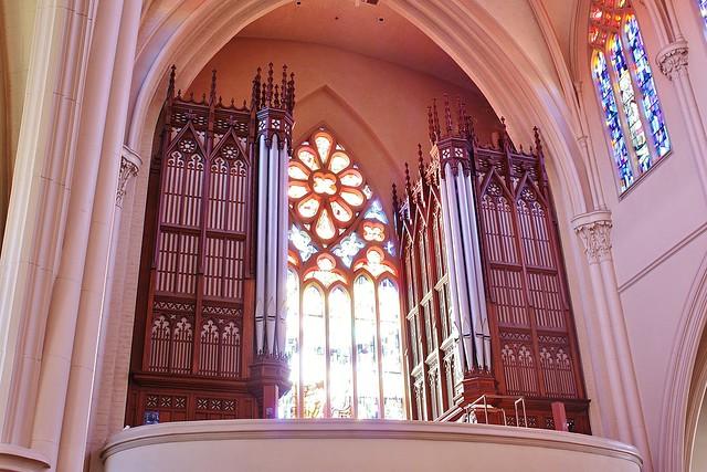 L'Orgue de l'amitie, Paroisse de Sainte- Cécile, Leominster, Massachusetts