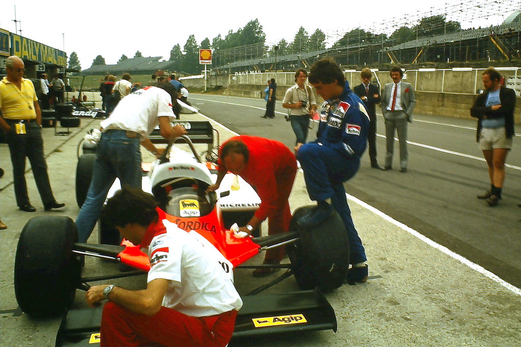 Andrea De Cesaris Alfa Romeo 183t In Pits During Tyre Te Flickr