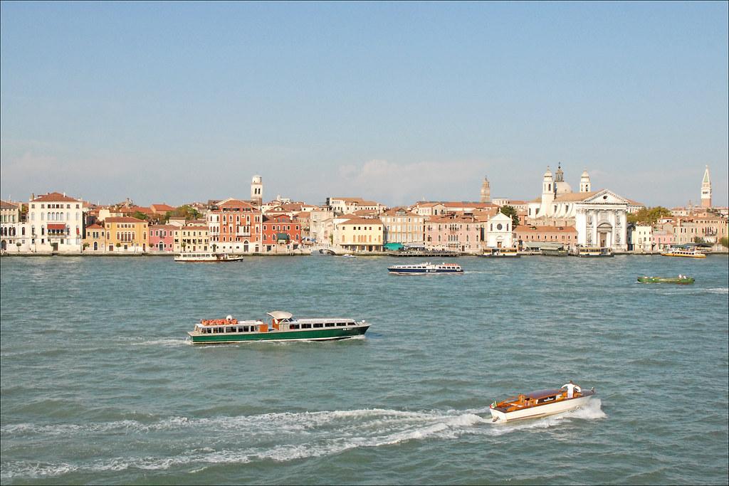 Le canal de la Giudecca (Venise)   Article de Wikipedia fr w…   Flickr
