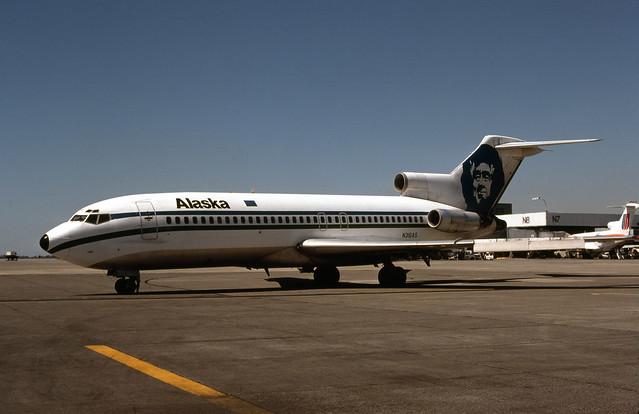 Alaska Airlines, Boeing 727-100