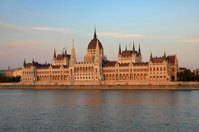 Parliament in the sunset 2011 3