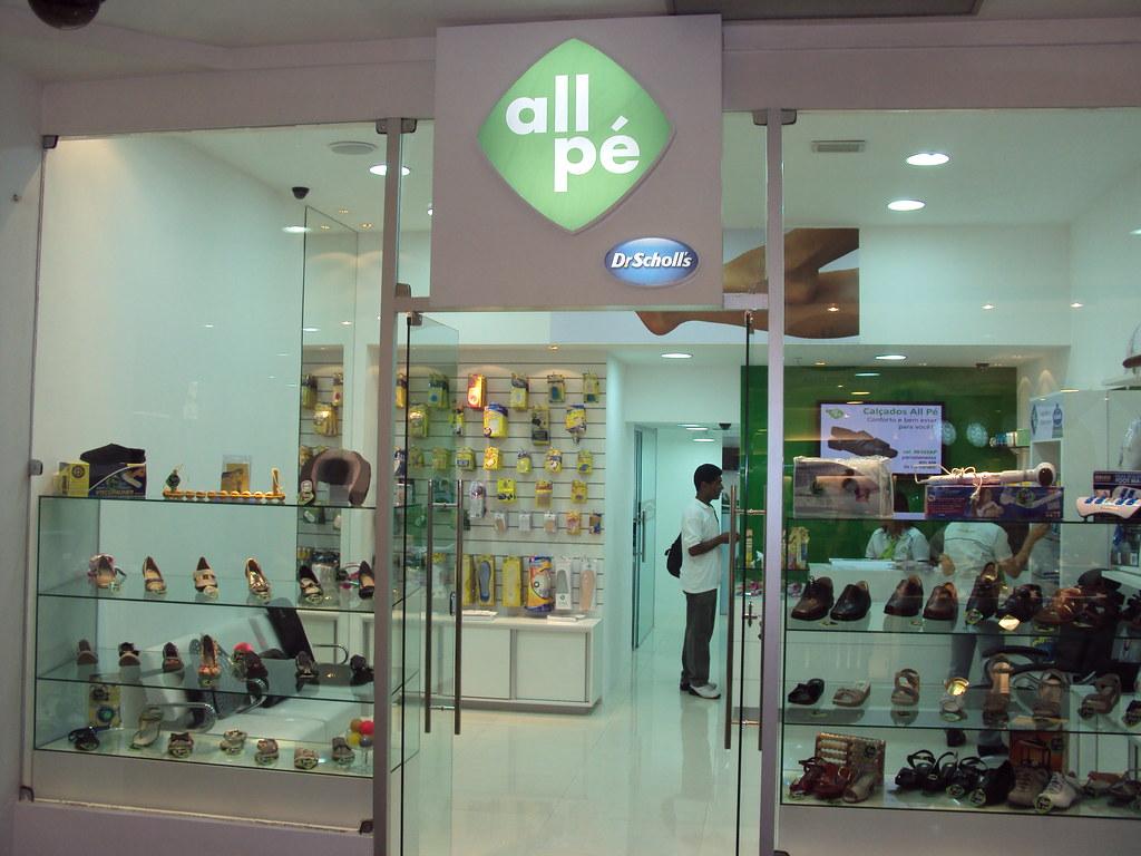 9b9cd3efe Fachada da nova loja da All Pé - Dr. Scholl`s, dando ainda… | Flickr