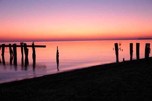 morning sunlight lake ontario canada color colour beach night sunrise dawn pier jetty sony tripod hamilton lakeontario stoneycreek variosonnar dscr1 tiltall fiftypoint