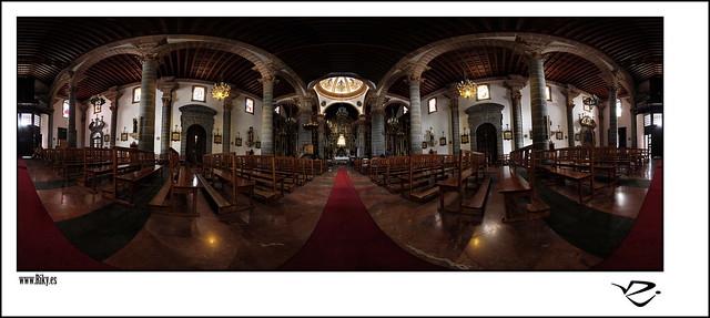 :: Basílica de Nuestra Señora del Pino 360º ::