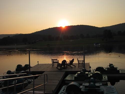park lake sunrise dock maryland resort flintstone rockygap habeeb