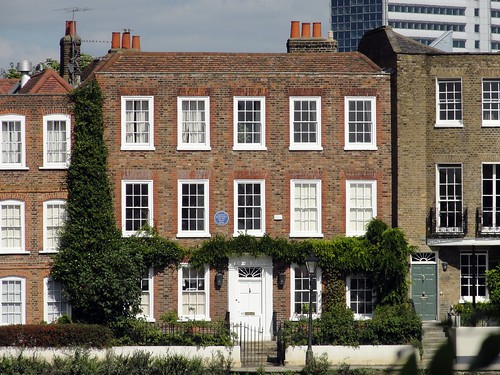 A House with Blue Plaque to The Artist Zoffany at Strand on the Green | by Maxwell Hamilton