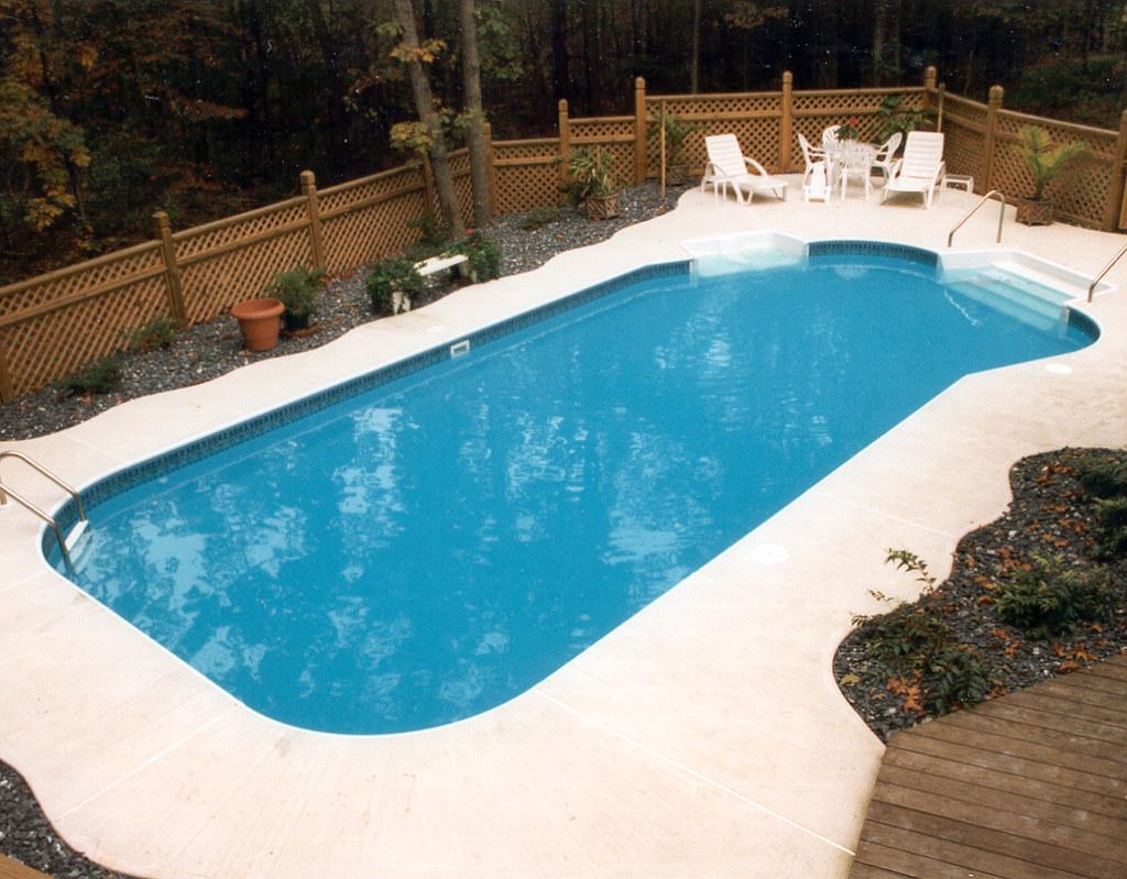 inground swimming pool lazy L right 4ft radius concrete de… | Flickr