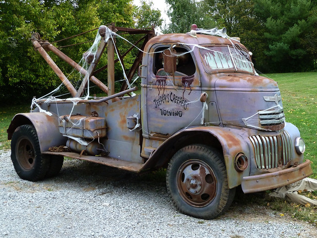40's Vintage Chevrolet Cab Over Engine (COE) Tow Truck