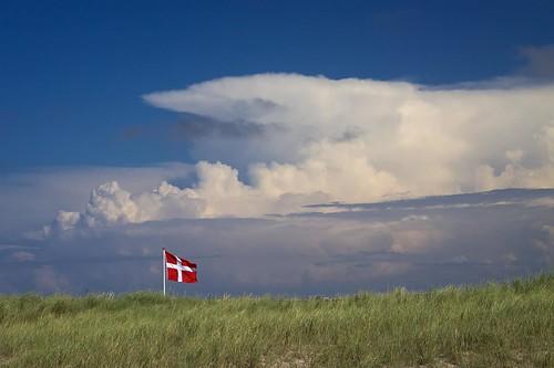 summer beach clouds strand landscape denmark sommer flag wolken northsea landschaft dänemark nordsee flagge thy nordjütland agger nordjylland