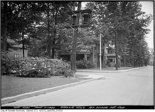 South-east corner Wells Hill Avenue and Nina Street