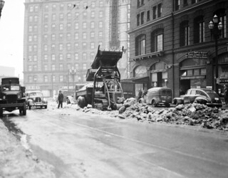 Clearing snow on 3rd & Jefferson, 1943