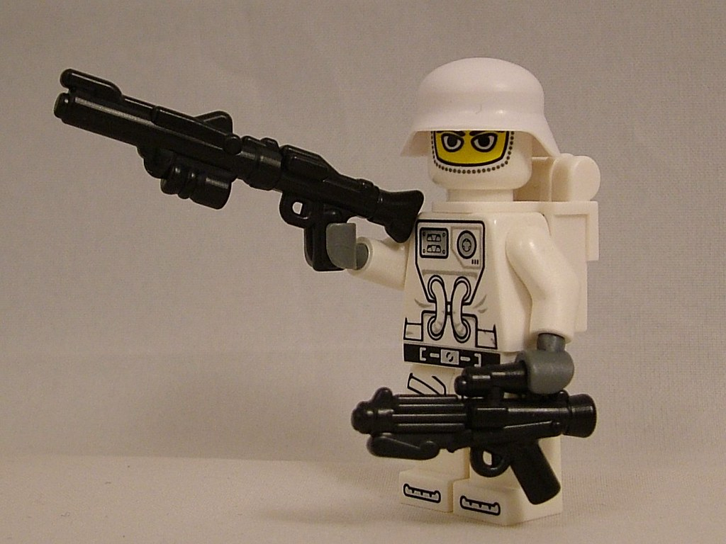 Galatic Shocktrooper with Scifi Long Rifle (SLR) and L2AX