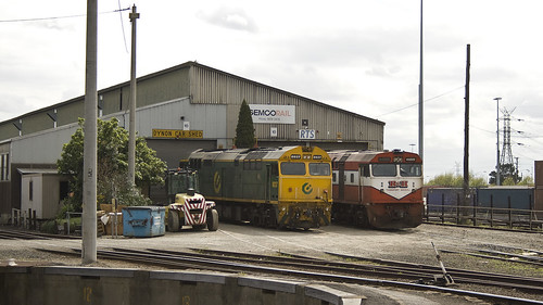 8037 and 42209 at Dynon | by michaelgreenhill