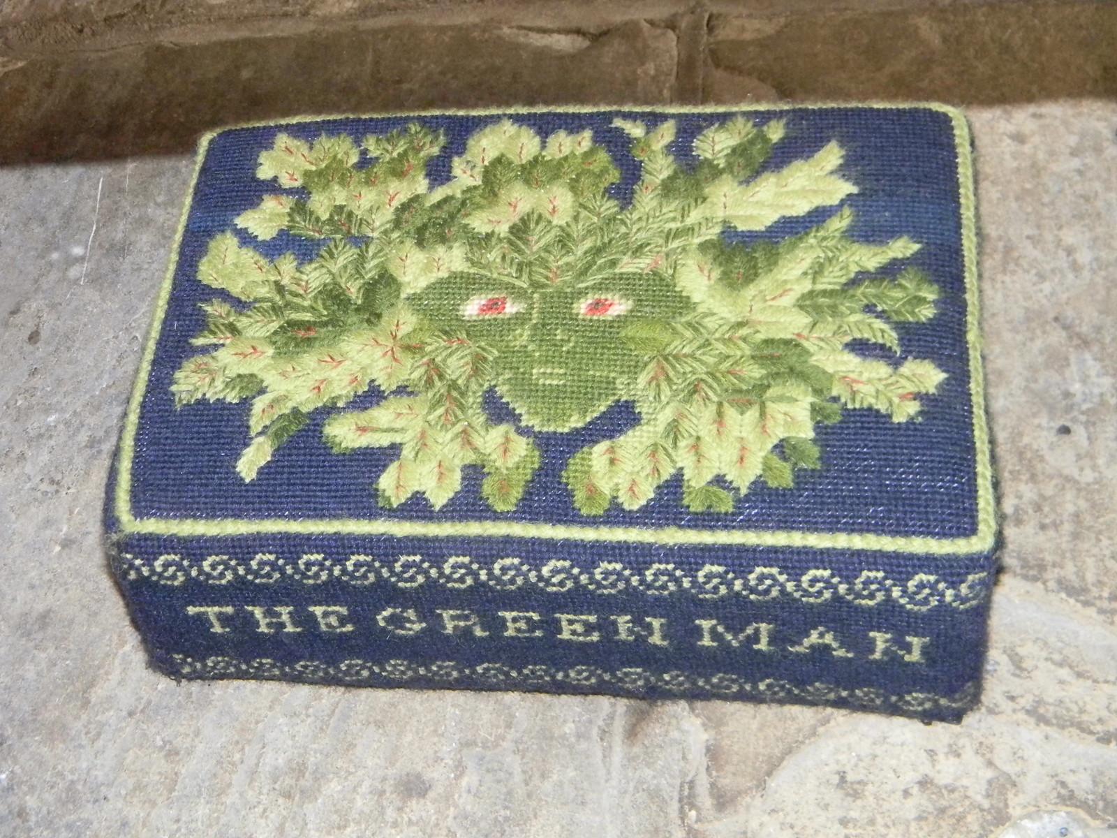 Green Man kneeler Shoreham Church Eynsford Circular