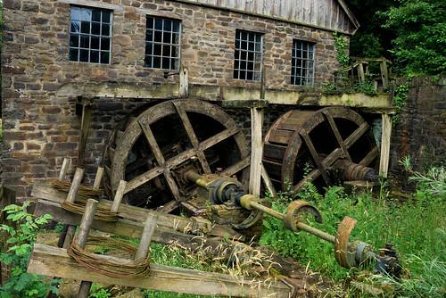 nrw nordrheinwestfalen eyecandi robhawke roberthawke d80 nikon nikond80 hagen lwlfreilichtmuseum openairmuseumhagen wireforge industrialdecay decay ruins