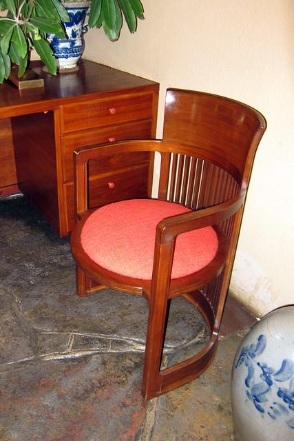 PA - Mill Run: Fallingwater - Barrel Chair