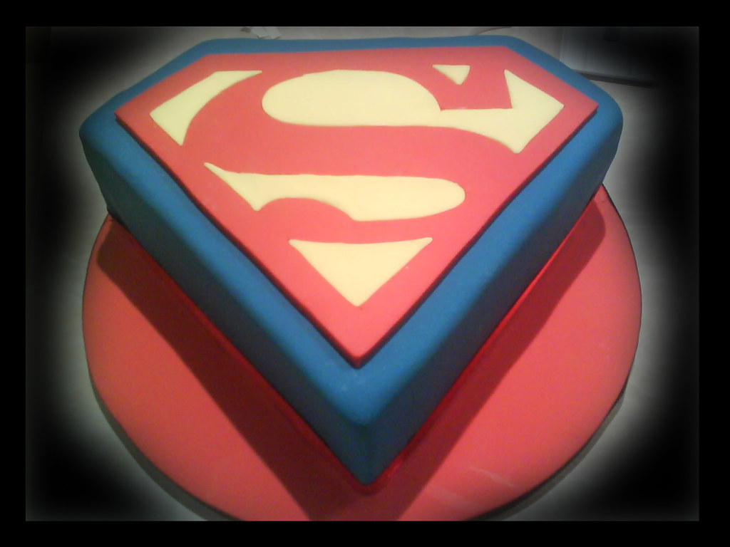 Astounding Superman Birthday Cake Superman Cake Cakes By Ana Flickr Funny Birthday Cards Online Bapapcheapnameinfo