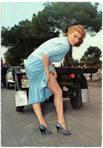 Sophia Loren in La fortuna di essere donna (1956)