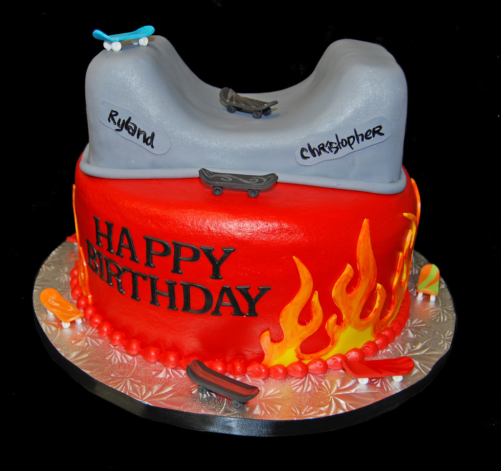 Stupendous Skateboard Themed Birthday Cake Dana Brown Flickr Funny Birthday Cards Online Elaedamsfinfo