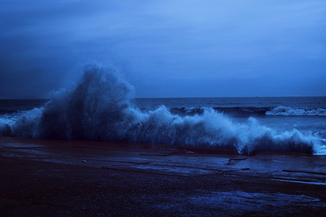 An evening tryst with tempestuous sea !!
