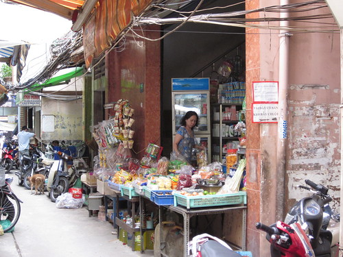 Shop Down the Alley Ways - Twixt Pham Ngu Lao and Bui Vien - Saigon, Vietnam | by bertie's world