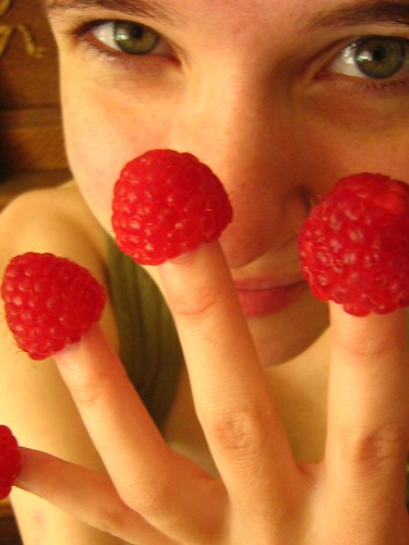 berry fingers | by cactuspinecone
