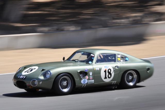 Aston Martin 1.jpg