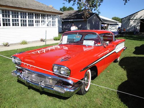 county cars car minnesota fairgrounds gm 1958 pontiac poncho mn eight nineteen ponchos fifty 58 stcloud silverstreak benton generalmotors 2011 thepantownersannualcarshowandswapmeetsundayaugust21 nineteenfiftyeight