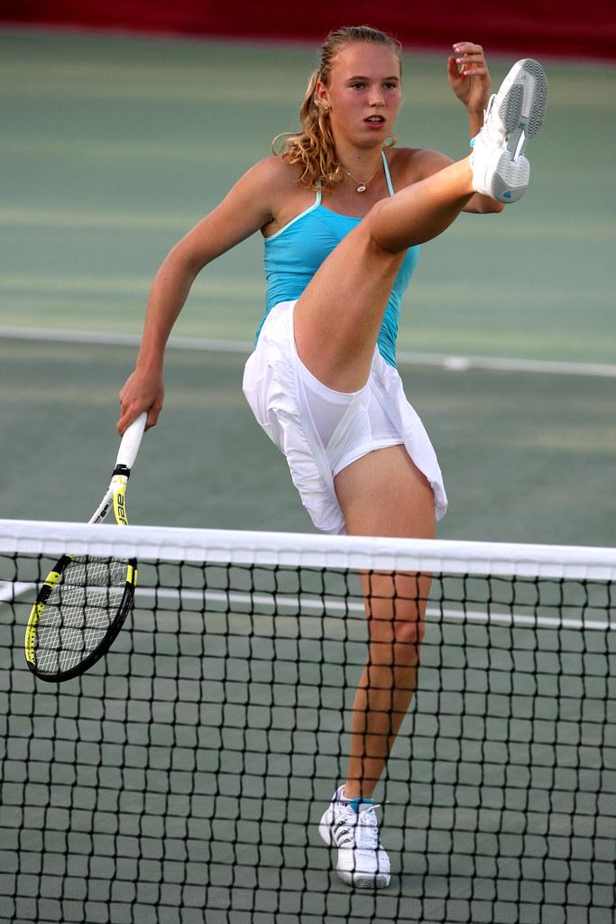 zhenskiy-tennis-golie-lesbiyanki-porno-aktrisi-foto