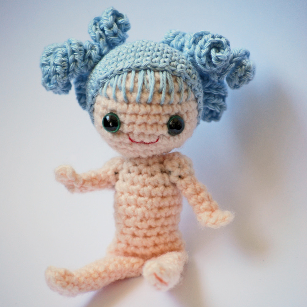 Two ways to crochet doll feet | Crochet doll tutorial, Doll shoe ... | 1000x1000