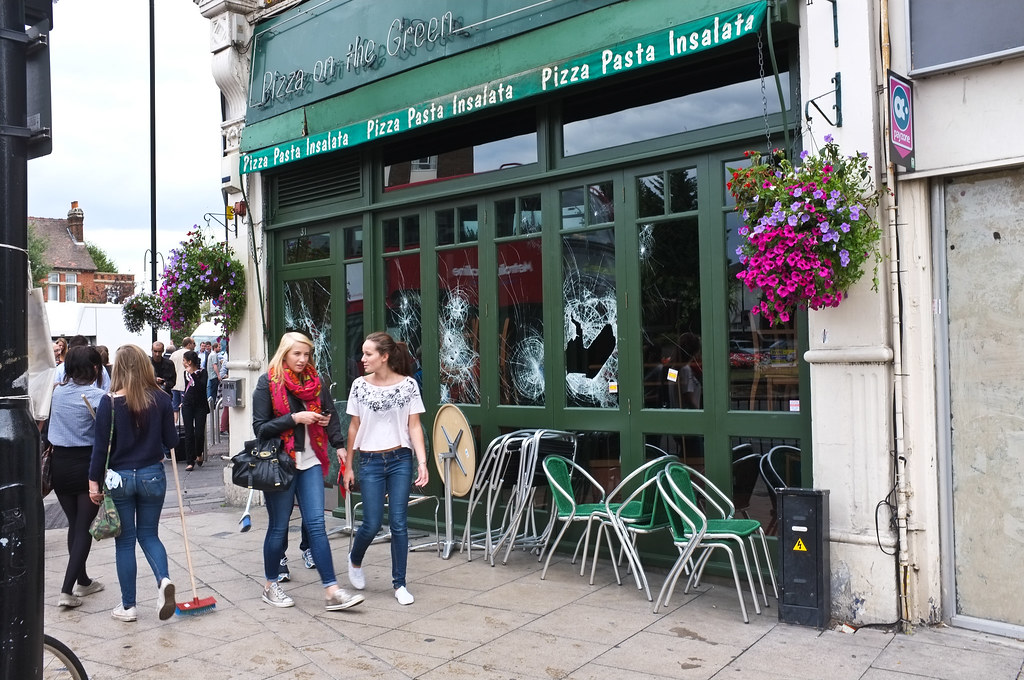 pizza on the green ealing broadway