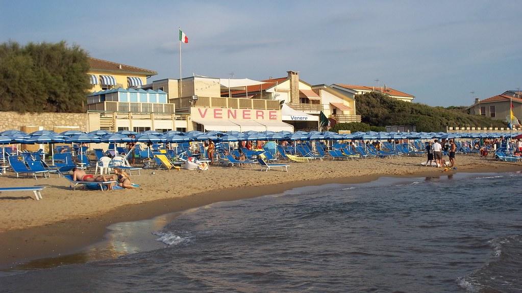 Bagno Mediterraneo San Vincenzo : Bagno venere san vincenzo chiara crott flickr