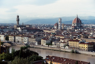 Florence and the Arno River from Piazzale Michelangelo