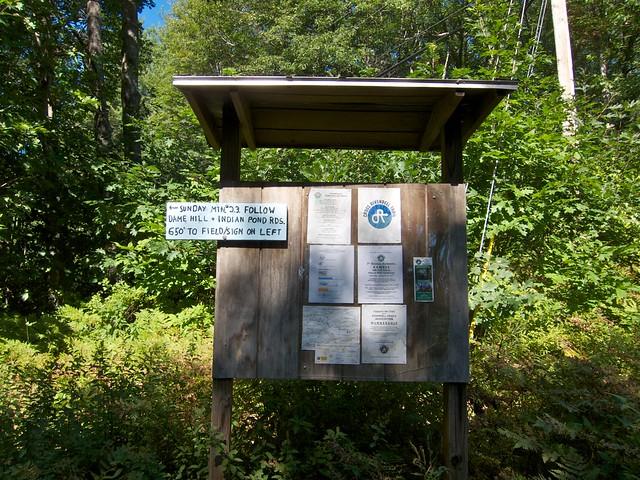 0:00:00 (0%): sign hiking newhampshire orford sundaymountain crossrivendelltrail